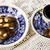Cantuccini mit Amarenakirschen, Schokolade und Mandeln