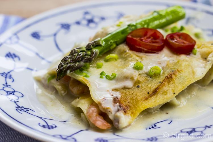 Lasagne mit grünem Spargel und Garnelen
