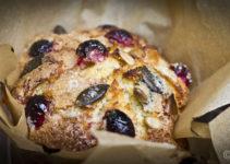 Knusper-Muffins mit Apfel & Cranberries XXL