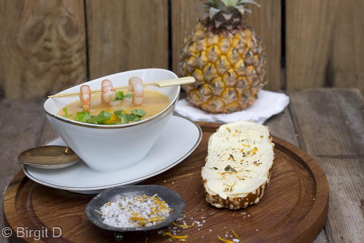 Süßkartoffelsuppe mit Ingwer und Zitronengras