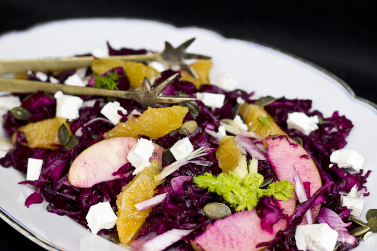 Fenchel-Rotkraut-Salat mit Schafskäse