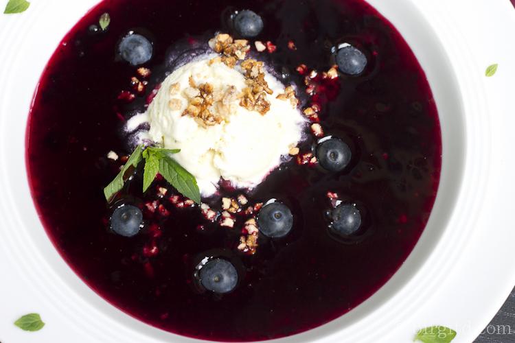 Heidelbeer-Ingwer-Suppe