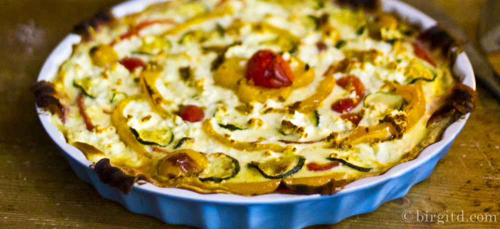 Paprika-Quiche oder Was man mit zwei Paprikaschoten und einem Zucchino Leckeres zaubern kann