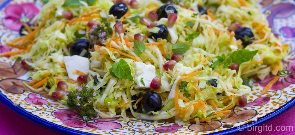 Kohlsalat mit einem Hauch von Orient