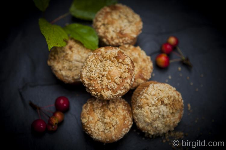 Zimtige Apfel-Muffins mit Knusperstreuseln