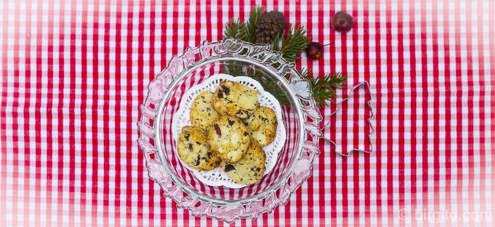 Cranberry-Cookies mit Cashews, weißer Schokolade & Chia-Samen – schnell gemacht und sooo lecker
