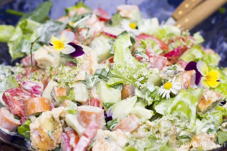 """Sommersalat """"Quer-durch-den-Garten"""""""