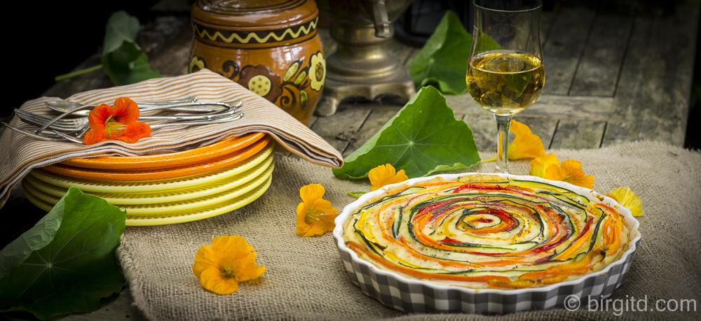 Herzhafte Gemüse-Quiche mit Bergbauern Käse von Bergader