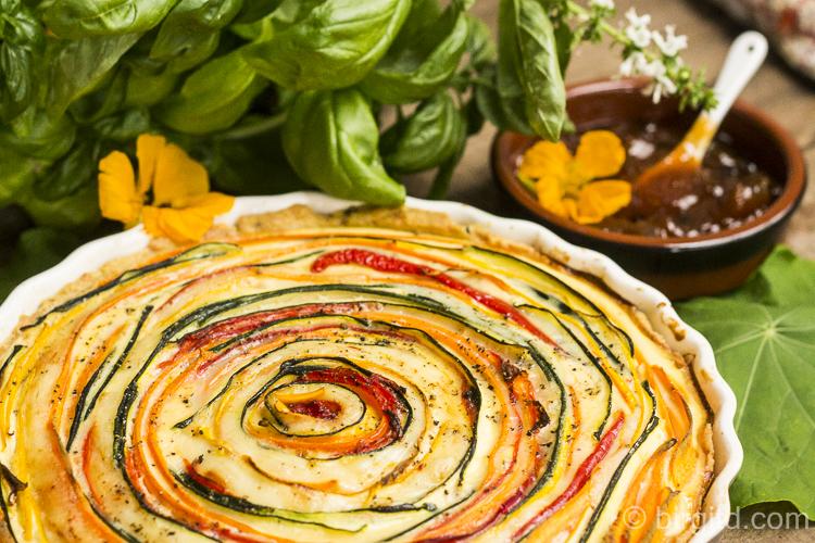 Gemüse-Quiche mit Bergader Bergbauern Käse