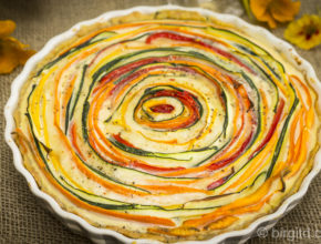Gemüse-Quiche fertig gebacken