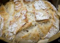 Weizenmischbrot mit Roggen, no-knead