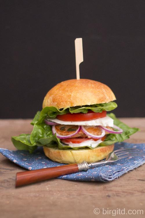Brioche Burger Buns - crossover Greek style
