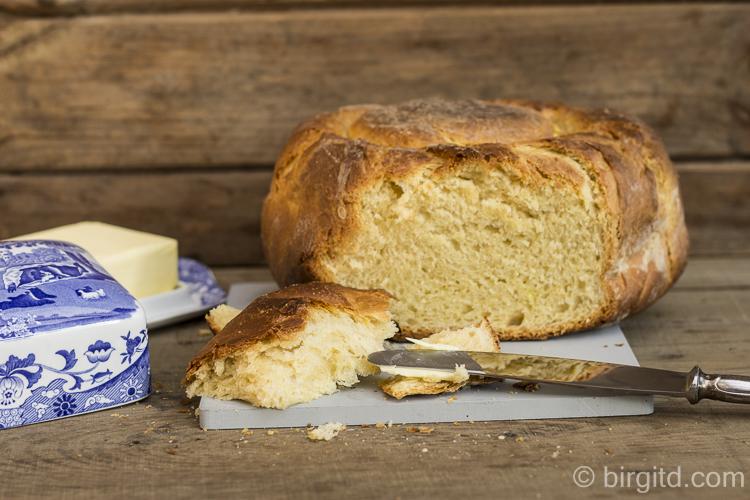 Brioche mit Butter - ein Genuss!