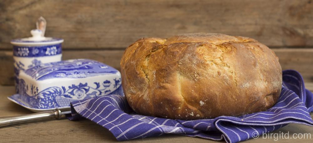Brote aus aller Welt – französische Brioche (no-knead) & Hamburger Buns