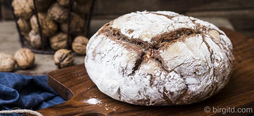 Brote aus aller Welt: La Miche – französisches Landbrot im Topf gebacken