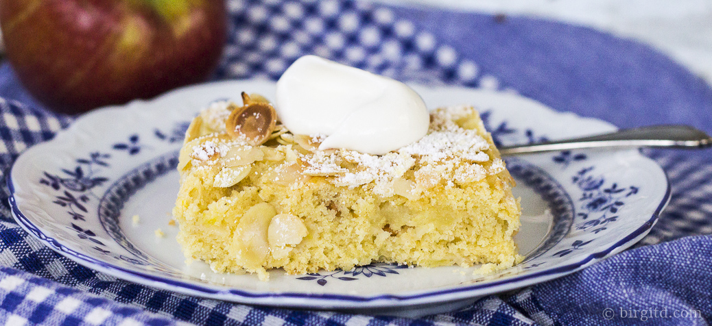 Apfelkuchen aus aller Welt: Der schnelle Apfelkuchen vom Blech