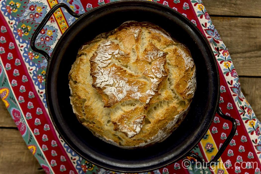 Joghurtbrot, no knead aus dem Topf