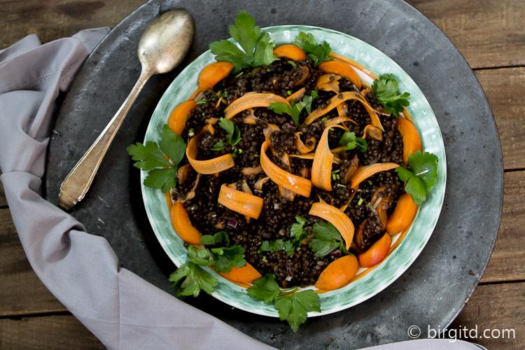 Belugalinsen-Salat mit Möhren