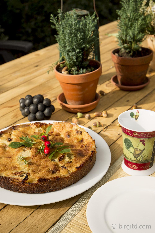Italienischer Apfelkuchen mit Rosmarin