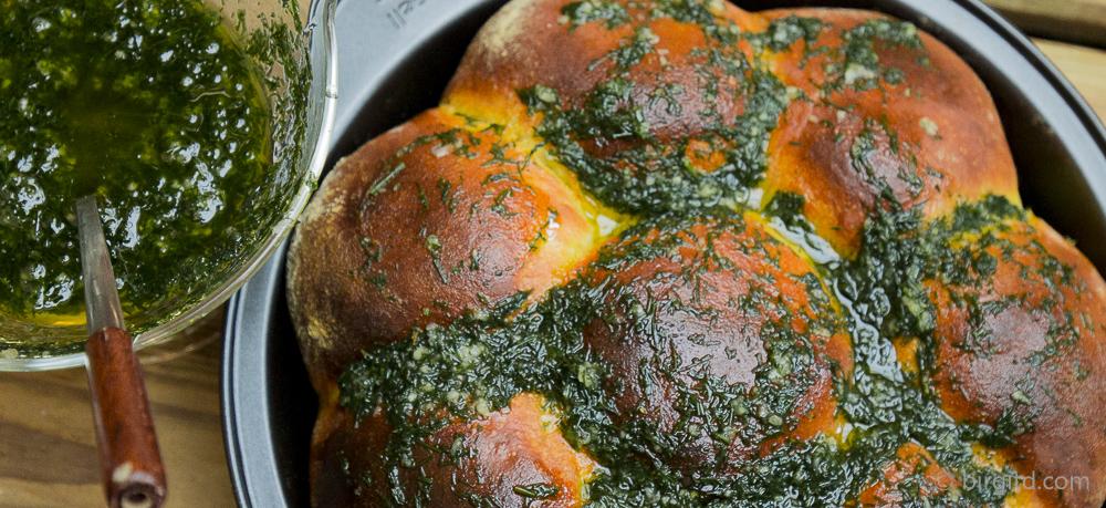 Pampuschki mit Knoblauch & Dill – Brote aus aller Welt