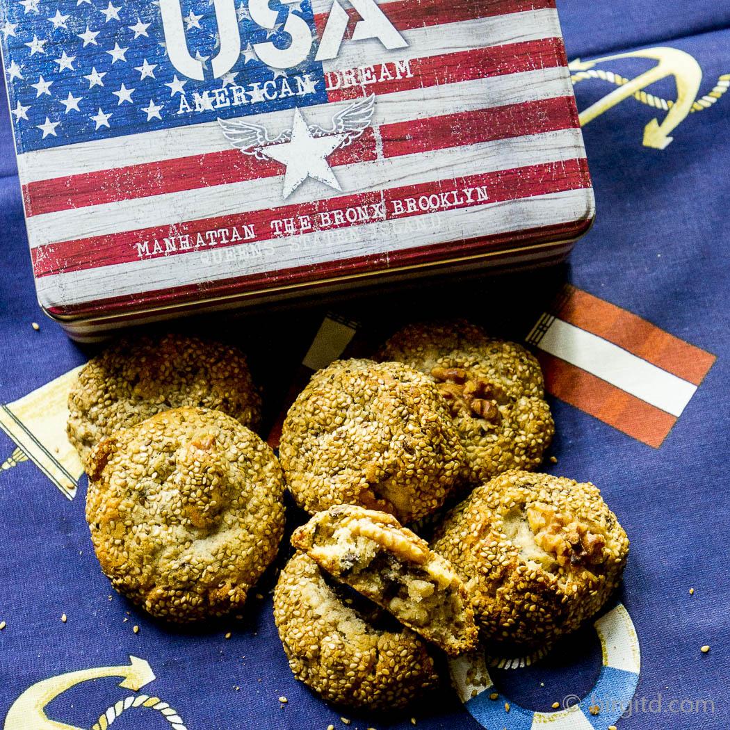 Sesam-Walnuss-Schoko-Cookies