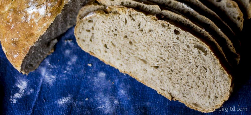 Dinkel-Roggenmischbrot, no knead – im Topf gebacken